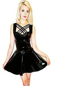 Zoe Flared Criss Cross Gothic Lack Kleid